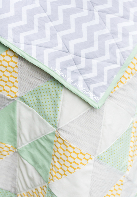 back and front triangle quilt by craftiness is not optional