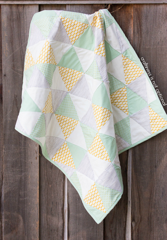 draped triangle quilt by craftiness is not optional