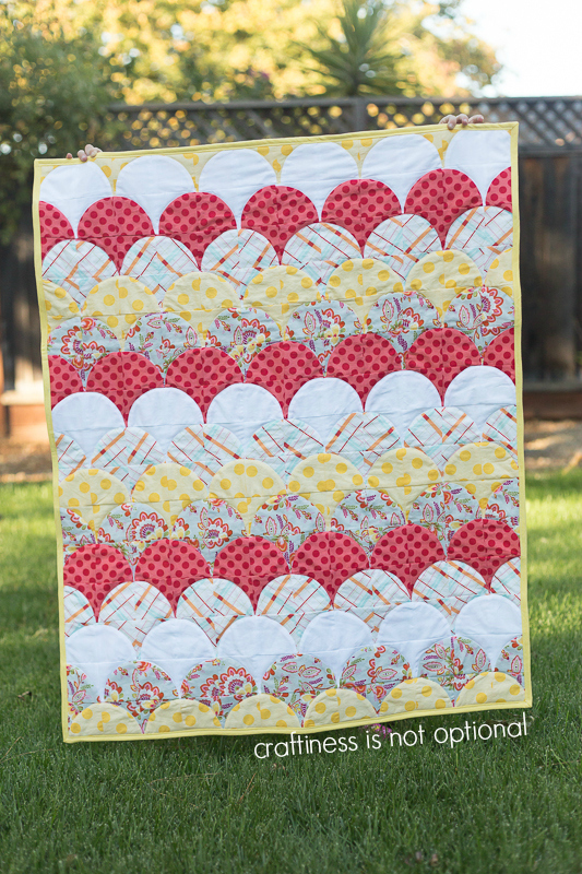 scallop quilt by craftiness is not optional