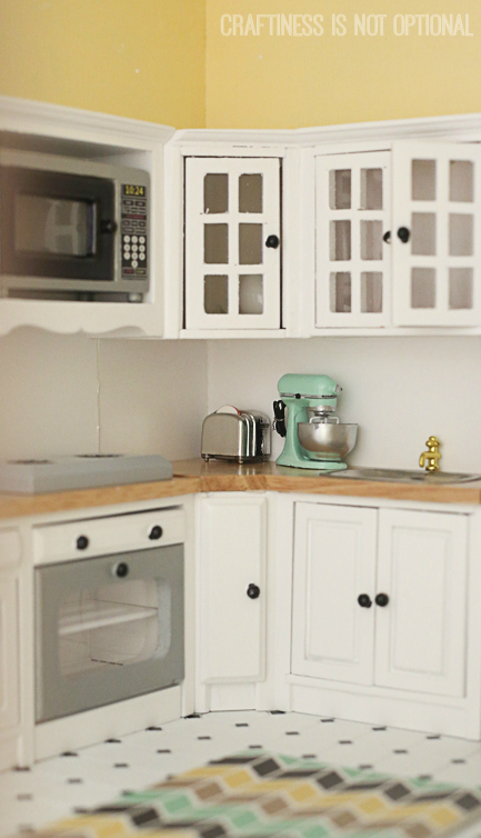 kitchen sneak peek || craftiness is not optional