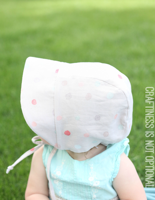 sweet  polka dot baby bonnet
