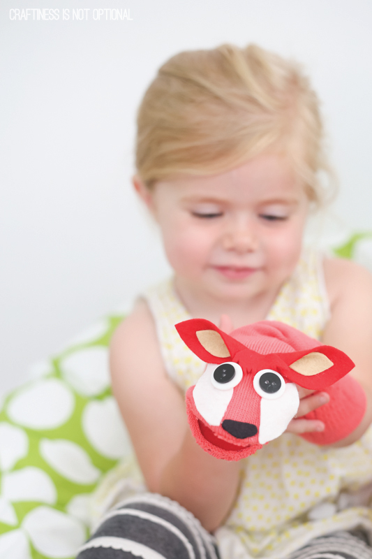 fox-in-sock....puppets!-tutorial-by-craftiness-is-not-optional