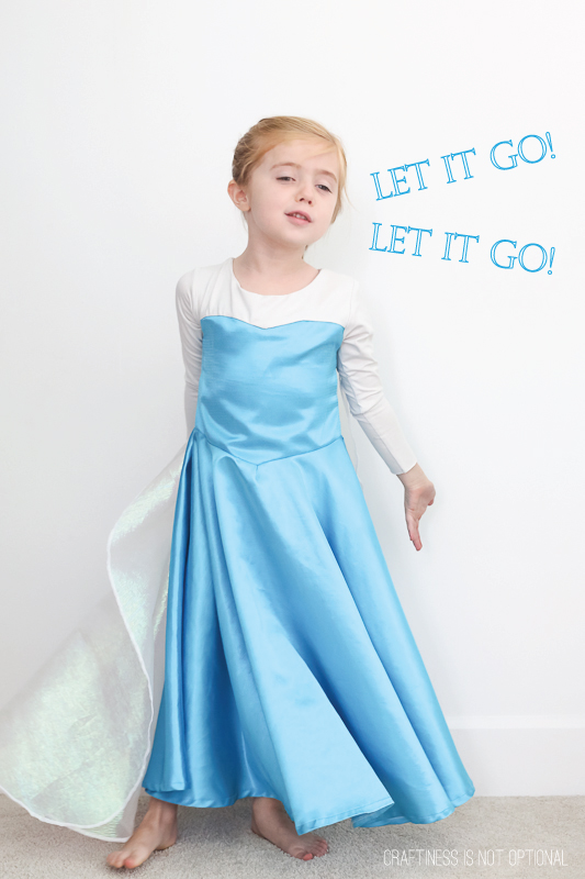 DIY Elsa costume \\ craftiness is not optional
